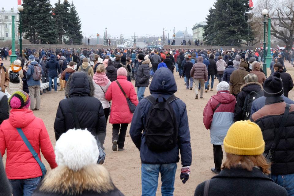 В северной столице участники митинга прибыли наДворцовую площадь