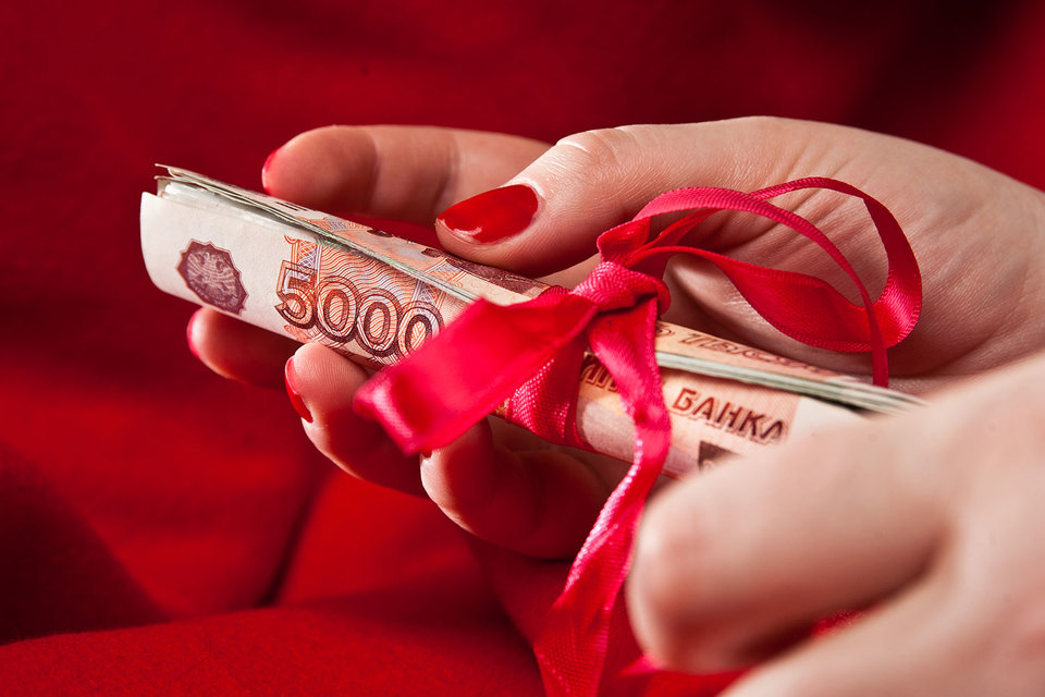 Большинство граждан России, 89%, считают недопустимой коррупцию вовласти