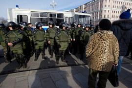 Прислушиваться к требованиям участников протестных акций власти не торопятся