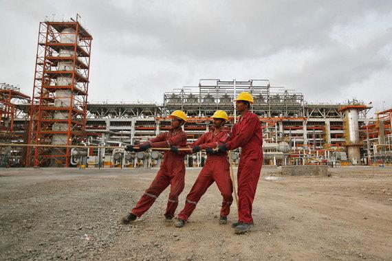 Купить Essar Oil «Роснефти» и ее партнерам мешают индийские банки
