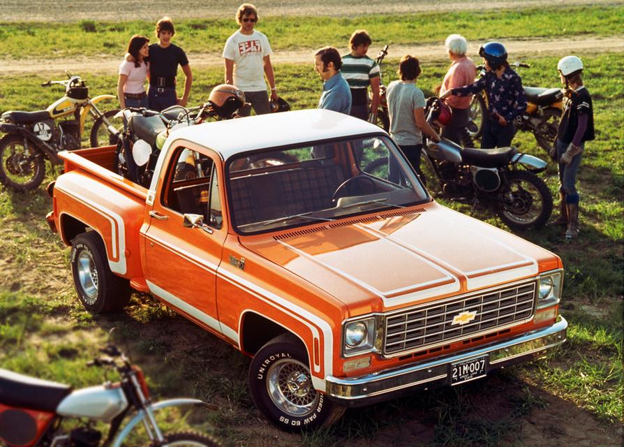 C/10 Stepside Pickup (1976)