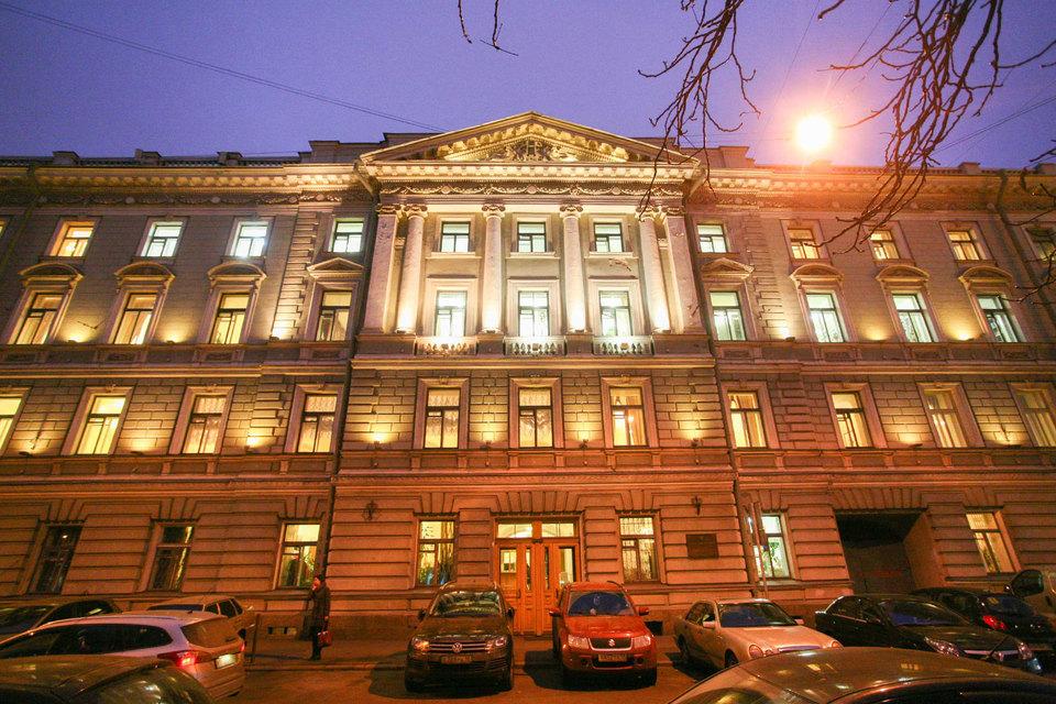 Структура Минкультуры расторгла договор с«Балтстроем» нареконструкцию Консерватории имени Римского-Корсакова
