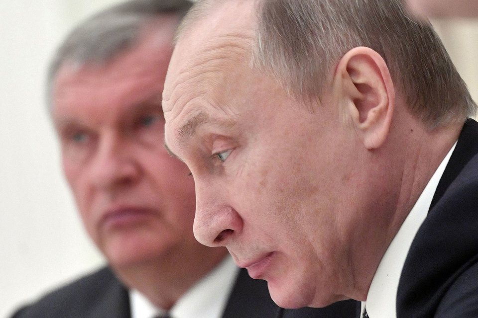 Financial Times задела «чувствительные моменты личных отношений» Сечина иКадырова