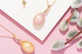 Подвески в виде пасхальных яиц из золота и эмали, коллекция Mercury Jewellery