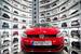 Музей Volkswagen в Вольфсбурге (Нижняя Саксония) – практически вся история немецкого автомобилестроения представлена в этом музее, открывшемся в 1985 году. Специальный дисплей показывает дополнительные экспозиции, которые можно посетить. А выбирать есть из чего: 140 автомобилей  на 5000 кв.м музейного пространства