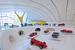 Музей Ferrari в Маранелло (Италия) – выставочная площадь этого музея разбита на 6 залов: зал Соревнований, зал Славы, Концептуальный зал, зал Больших Туров, кинозал и зал временных экспозиций. Там же, в Маранелло, не забудьте заглянуть в дом-музей основателя компании Ferrari Энцо Феррари