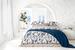 Оттенки синего и вариации на тему узора «пейсли» – одна из главных тем коллекции «Санторини»
