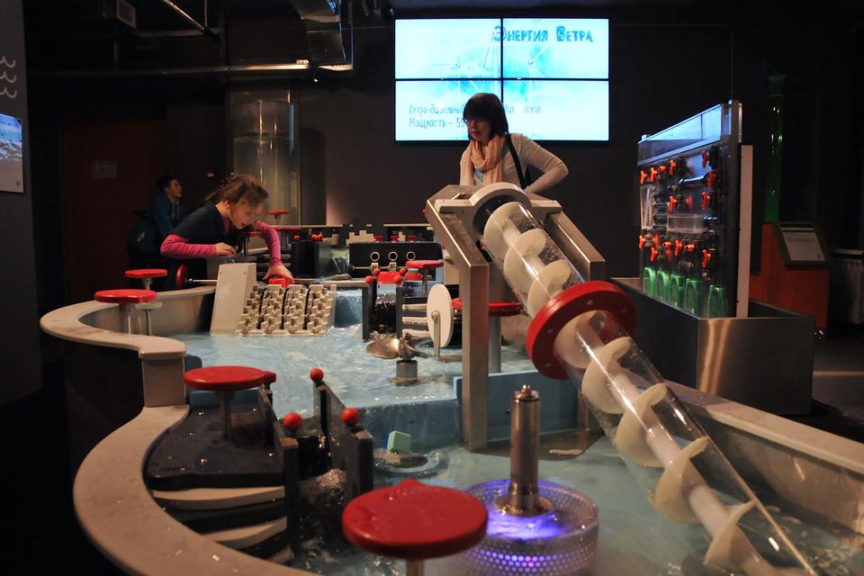 «Экспериментаниум» изначально задумывался как детский интерактивный проект