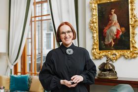 Первая коллекция украшений Ирины Шабут вышла в свет в 2015 году и называлась «Мир Анри Руссо»
