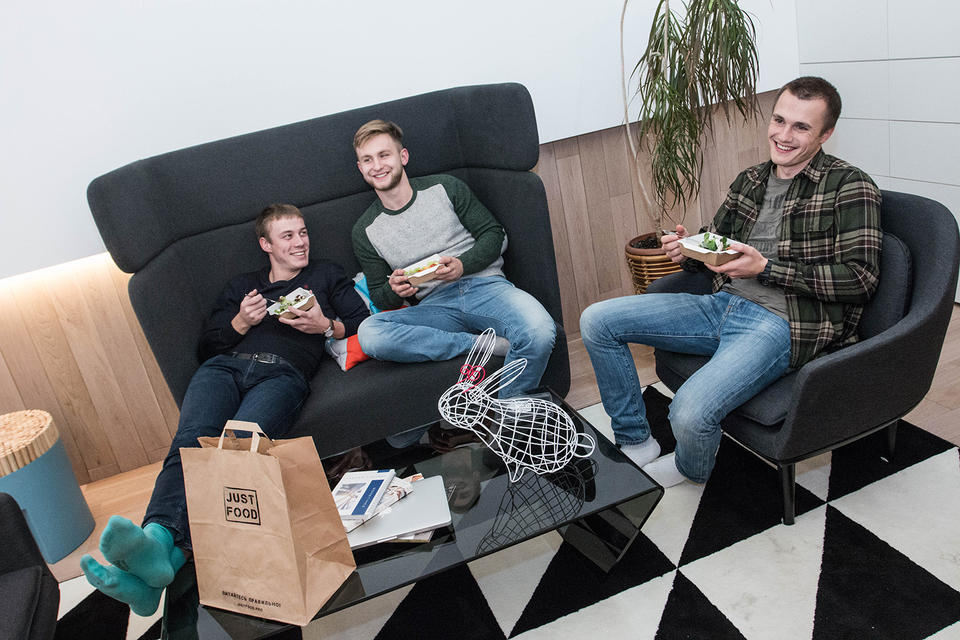 Сервис Just food создан тремя друзьями