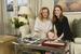 Каролина Шойфеле и Джулиана Мур представляют украшения из коллекции Green Carpet 2016 на прошлом кинофестивале