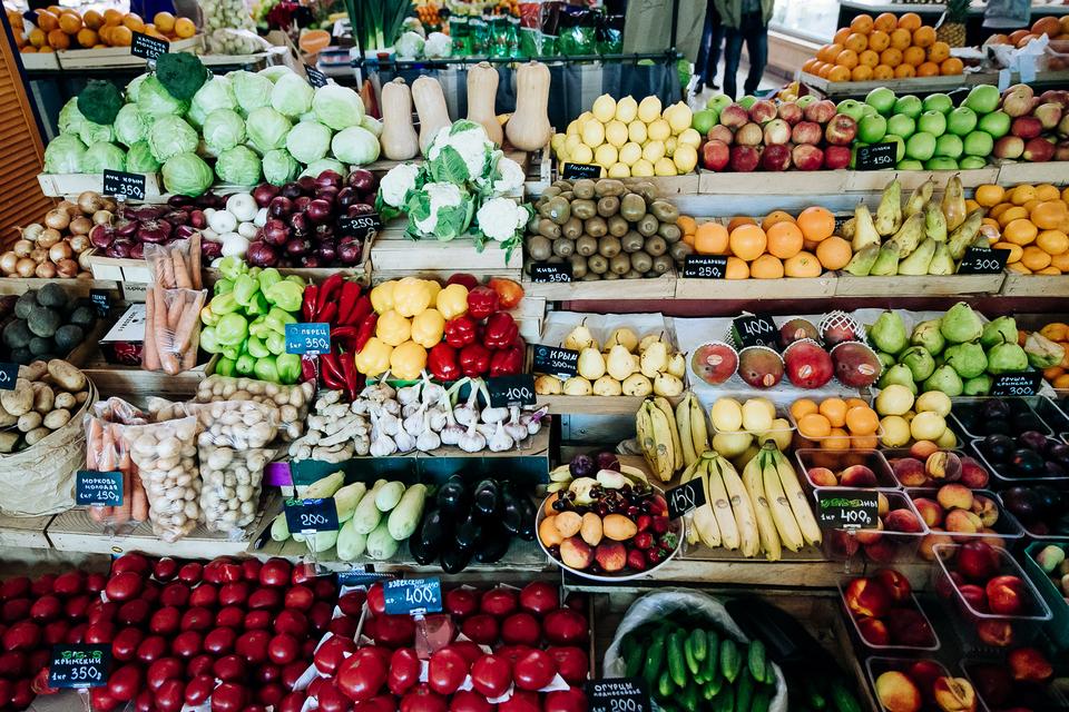 Искать и внедрять новые форматы владельцев рынков вынудила конкуренция с торговыми центрами и супермаркетами