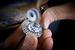 Над созданием колье, серег, ювелирных часов и кольца The Garden of Kalahari в ювелирном ателье Chopard трудились около года