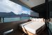 Если погода и море позволят, отдыхать можно и на открытом балконе на удобной кушет