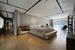 Общий вид на спальную комнату