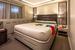 В сравнении с некоторыми другими суперяхтами, спальные каюты могут показаться заметно меньше, однако они все так же комфортабельны