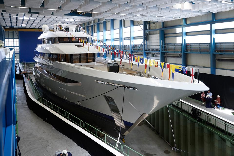 Экстерьером яхты Joy занималась студия Bannenberg&Rowell