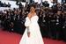 Певица Рианна в бриллиантовом браслете и кольцах из коллекции совместной коллекции поп-звезды и швейцарского ювелирно-часового дома Rihanna Loves Chopard