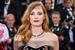 Актриса Джессика Честейн в колье Piaget из коллекции Sun Light Journey с бриллиантами и рубинами