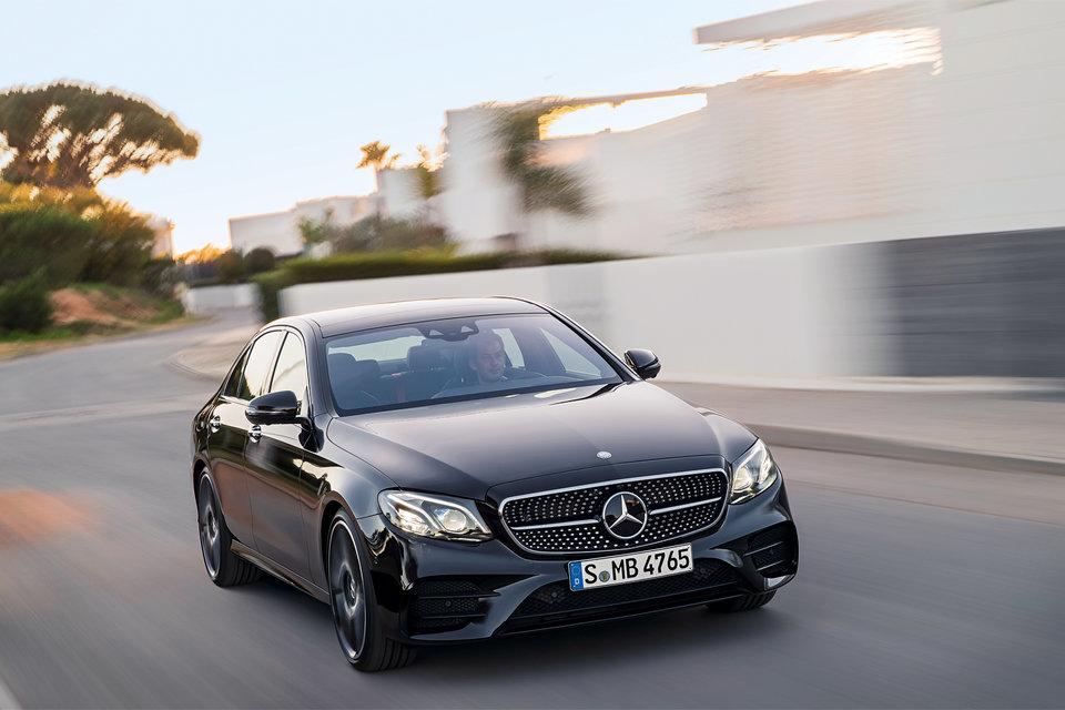 Три крупных воздухозаборника в переднем бампере Mercedes-AMG не только эффектны, ноифункциональны