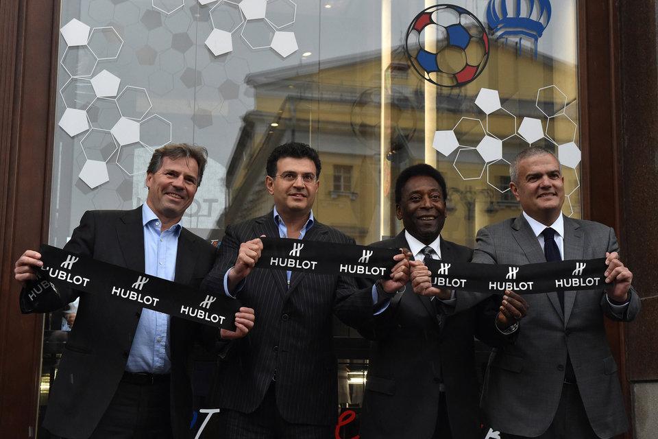 Филипп Ле Флок (FIFA), Леонид Струнин (Mercury), Пеле и Рикардо Гвадалупе открыли бутик Hublot