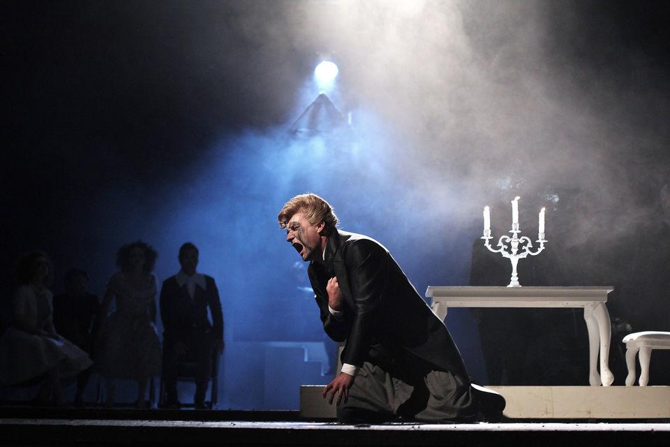 Aфиша одного из старейших оперных театров Европы составляется заранее, поэтому резервировать приватный спектакль необходимо за полгода до предполагаемой даты