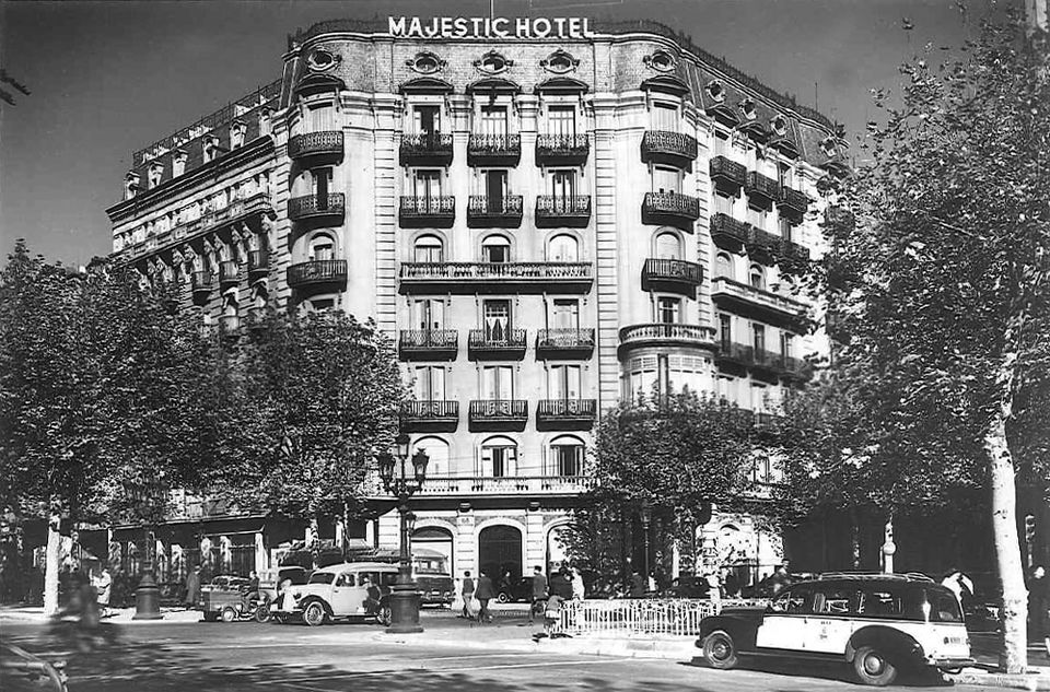 Гостиница приняла первых постояльцев в апреле 1918 года