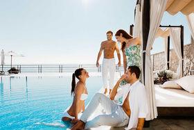 В рейтинге курортов «для взрослых» традиционно первое место занимают Балеарские острова и вся Испания, затем следуют Кикладские острова Греции и Карибские острова