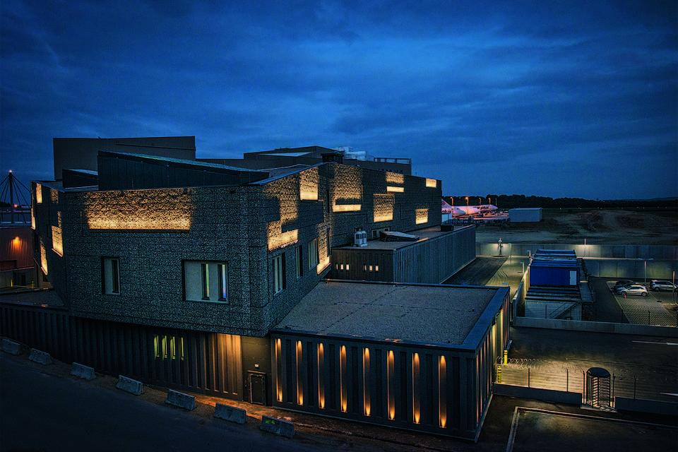Площадь четырехэтажного здания фрипорта в Люксембурге составляет более 22 000 кв. м.