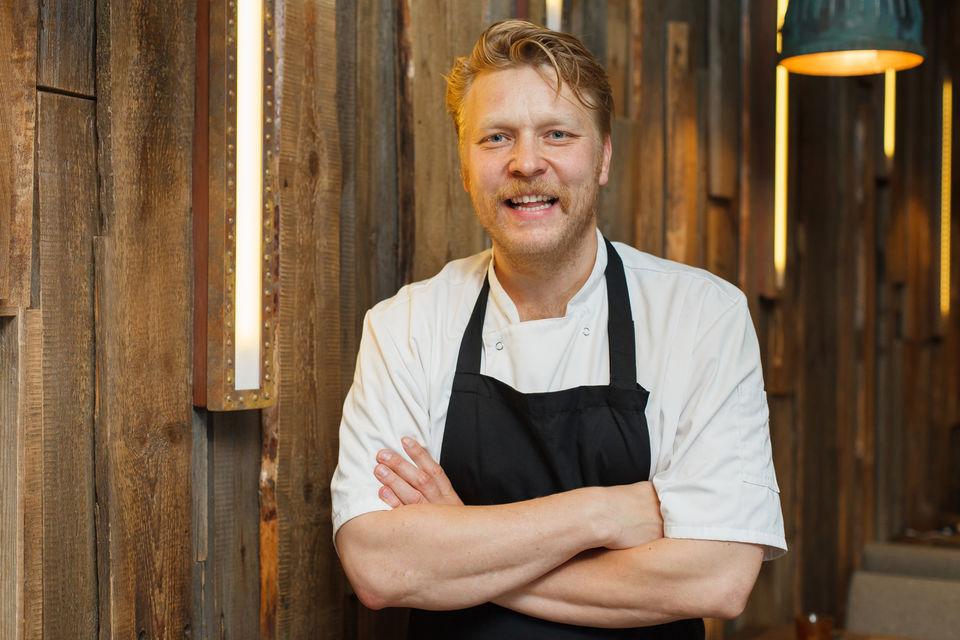 Сами Таллберг – эксперт по гастрономическому применению дикоросов и популярный шеф-повар из Хельсинки