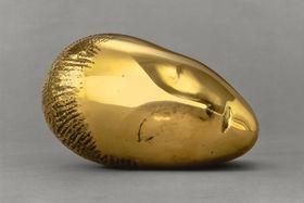 Константин Бранкузи «Спящая муза», 1910. Дар баронессы Рене Ираны Франшон, 1963