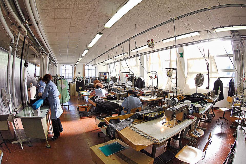 Мастерская по пошиву одежды марки Herno