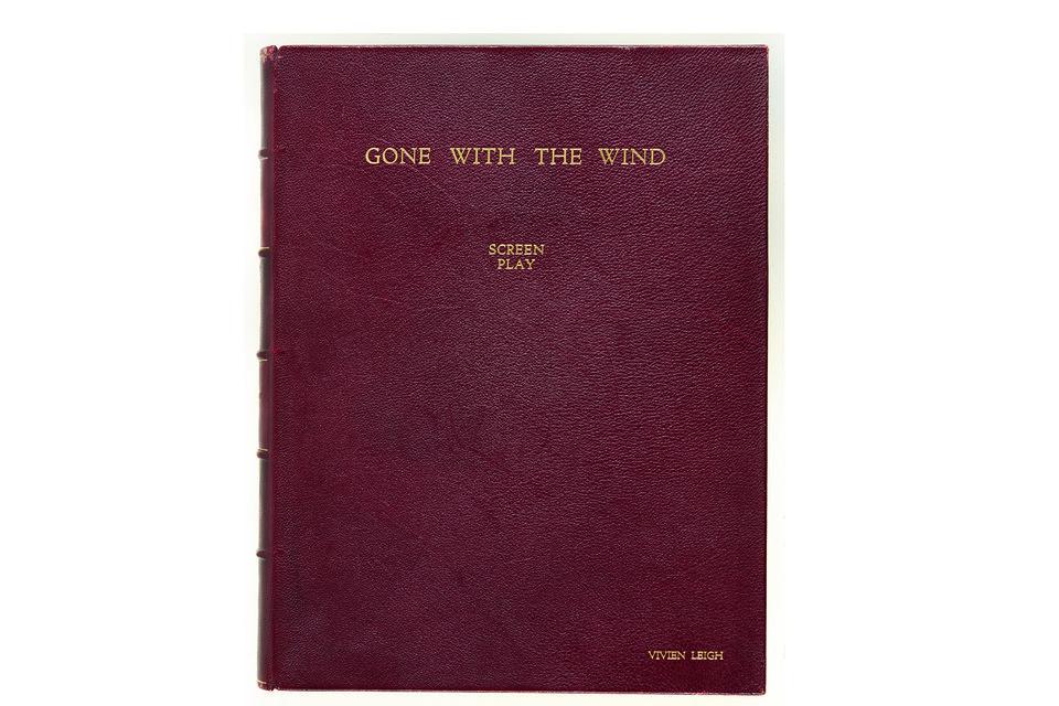 Экземпляр сценария «Унесенных ветром», преподнесенный Вивьен Ли в конце съемок  актерами фильма