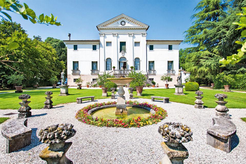 Villa Sandi – семейное гнездо Полегато и офис Geox