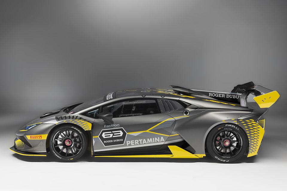 На гоночные трассы новый суперкар выйдет весной 2018 года и примет  участие в трех континентальных сериях – в Европе, Азии и Северной  Америке