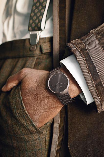 Часы True Thinline Colours из керамики шоколадного цвета