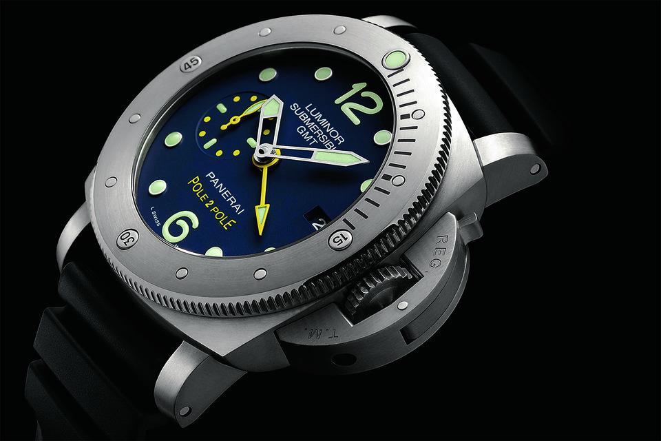 Часы Panerai Luminor Submersible 1950 3 Days GMT Automatic Titano – верный спутник Хорна в экспедиции Pole2Pole