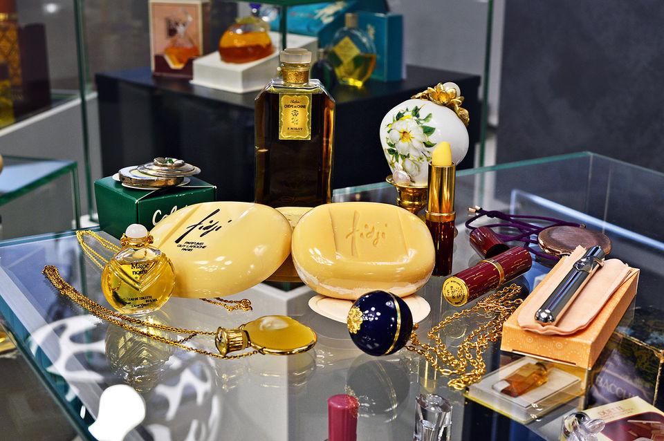 Винтажные ароматы для дома из коллекции Московского музея парфюмерии
