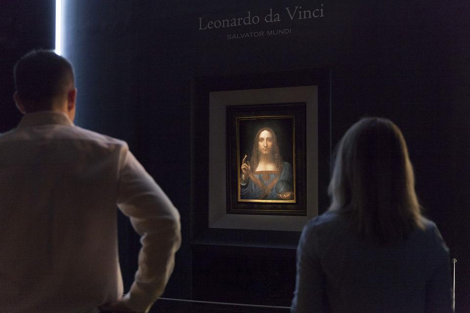 Картина Salvator Mundi (лат. Спаситель Мира) была продана в ноябре этого года на аукционе Christie's