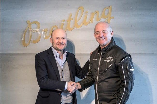 Президент компании Breitling Жорж Керн и руководитель Breitling Jet Team Жак Ботелин