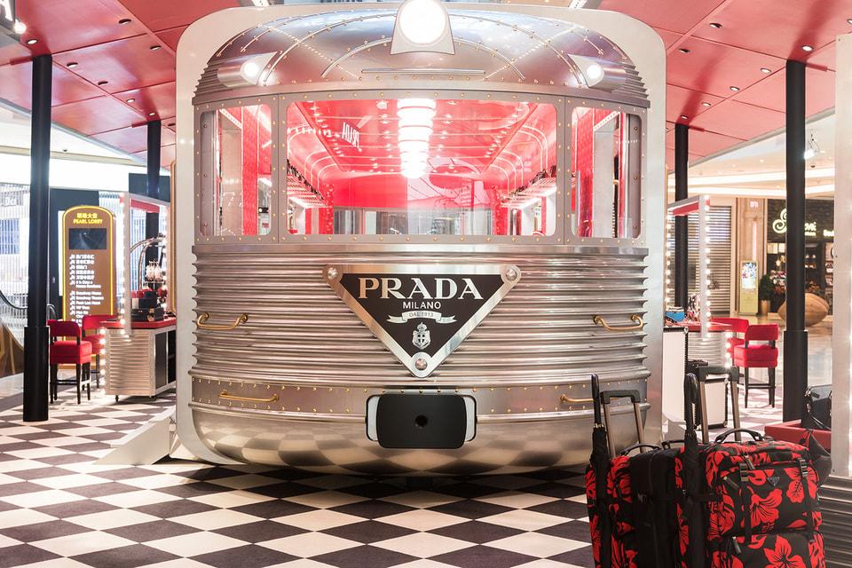 Поп-ап бутик Prada Silver Line