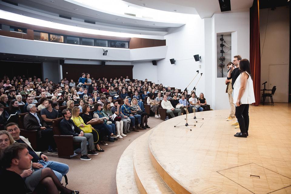 Public Talk – актуальный сегодня формат приобщения людей к искусству