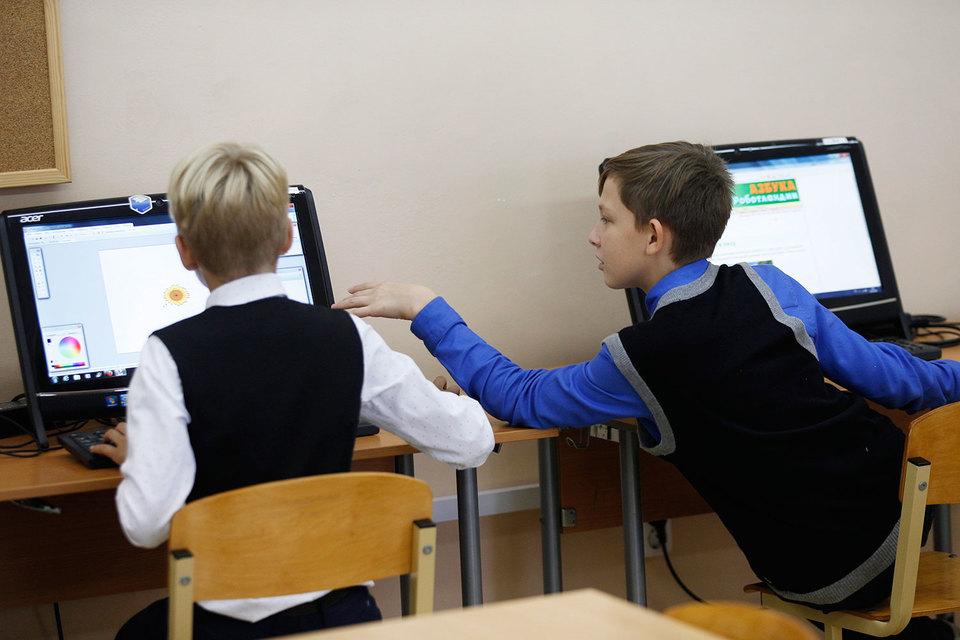 Последний раз московские школы переоснащали цифровым оборудованием 6–7 лет назад