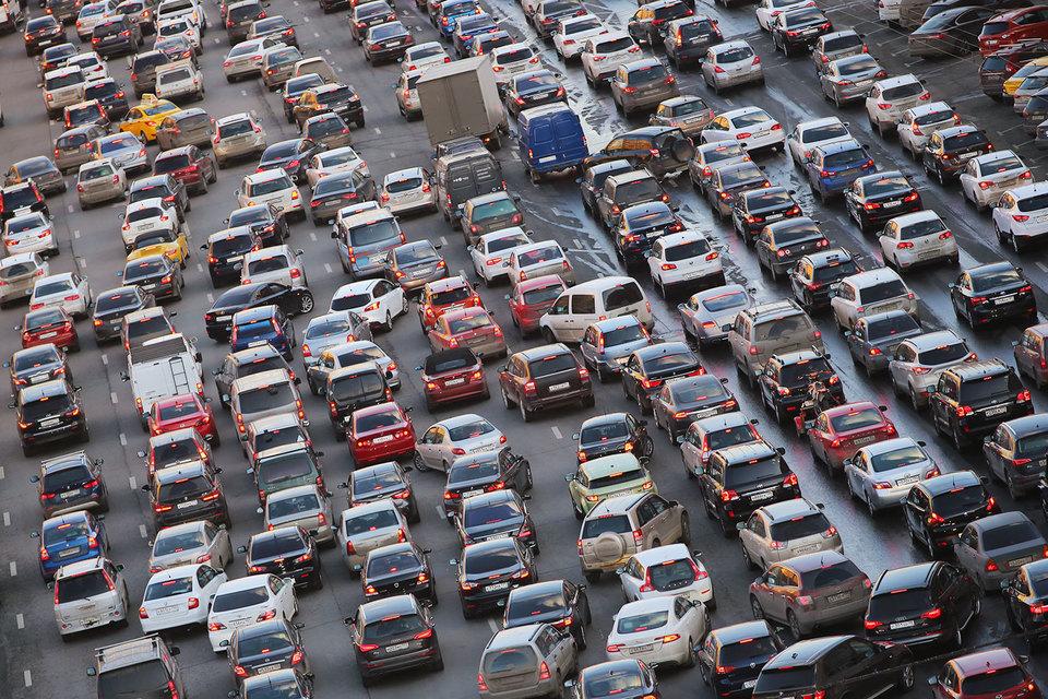 В частности, серьезных вложений требует транспортная инфраструктура