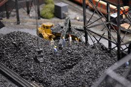 Падают лишь спотовые цены на уголь, говорит собеседник «Ведомостей» в крупной добывающей компании