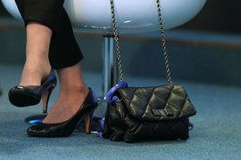 Немногие исследователи, оценивающие эффекты от назначения женщин на руководящие должности, обычно фокусируются на влиянии женщин – членов советов директоров на капитализацию