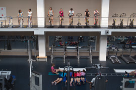 Посетители ночных клубов превратились в клиентов фитнес-залов