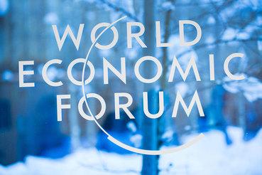 Мы готовы к тому, что вот-вот начнется серьезное движение прямых иностранных инвестиций, - сказал Шувалов на сессии Russia in the World