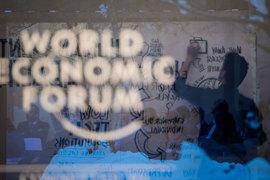 Мы готовы к тому, что вот-вот начнется серьезное движение прямых иностранных инвестиций, сказал Шувалов на сессии Russia in the World