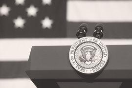 В 2016 г. Соединенные Штаты стали непредсказуемой страной и, по всей видимости, сохранят этот статус в обозримом будущем
